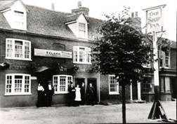 The Ship Inn, c 1915, was donated by the Ripley Rotary Club Exhibition, 1983.